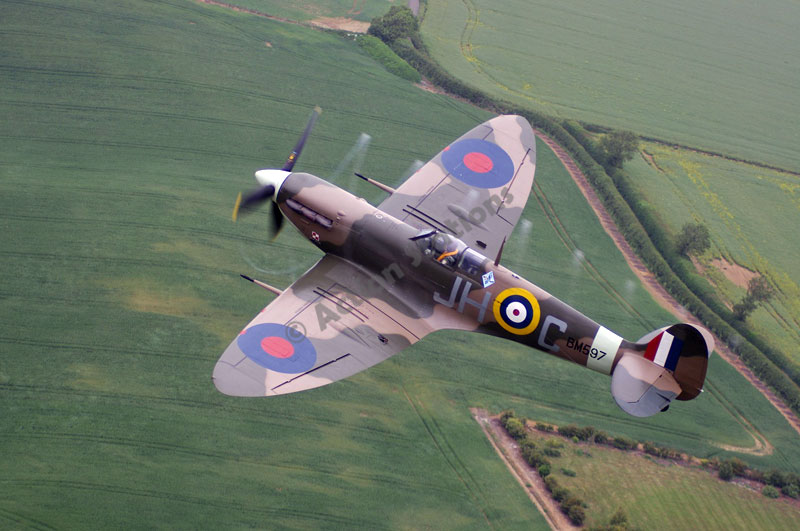 Stephen Bentley 5 - Fly With A Spitfire And Hurricane