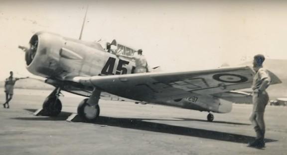 RAF-Spitfire-Pilot-Grad-45