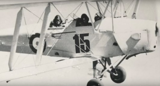RAF-Spitfire-Pilot-Train-15