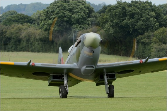 Fly With A Spitfire TD314 Arrival