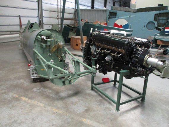 R25 NH341 Engine fitting (2)