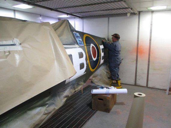 R25 NH341 Fuselage Painting (8)