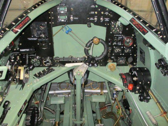 R30 NH341 Cockpits (1)